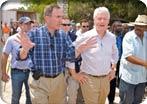 Richard Fain con el ex presidente Clinton
